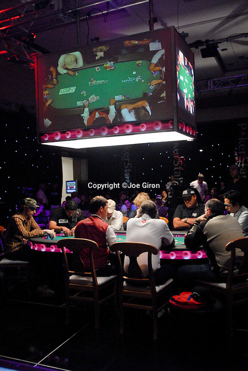 A view of the TV final table.