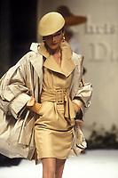 CARLA BRUNI <br /> Christian Dior<br /> 1992<br /> &copy; Guy Marineau/Catwalkpictures/TORDOIR/DALLE