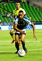 PALMIRA-COLOMBIA-19-04-2018: Jhon Mosquera, jugador de Deportivo Cali, durante partido entre Deportivo Cali y Alianza Petrolera, de la fecha 16 por la liga Aguila I 2018, jugado en el estadio Deportivo Cali (Palmaseca) en la ciudad de Palmira. / Jhon Mosquera, player of Deportivo Cali, during a match between Deportivo Cali and Alianza Petrolera, of the 16th date for the Liga Aguila I 2018, at the Deportivo Cali (Palmaseca) stadium in Palmira city. Photo: VizzorImage  / Nelson Rios / Cont.