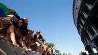 Un momento del Gay Pride a Roma, 7 giugno 2014.<br /> Demonstrators attend the Gay Pride in Rome, 7 June 2014.<br /> UPDATE IMAGES PRESS/Riccardo De Luca
