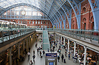 Great Britain, England, London: Concourse of Saint Pancras Station, terminal for the Eurostar, designed in 1863 by WH Barlow