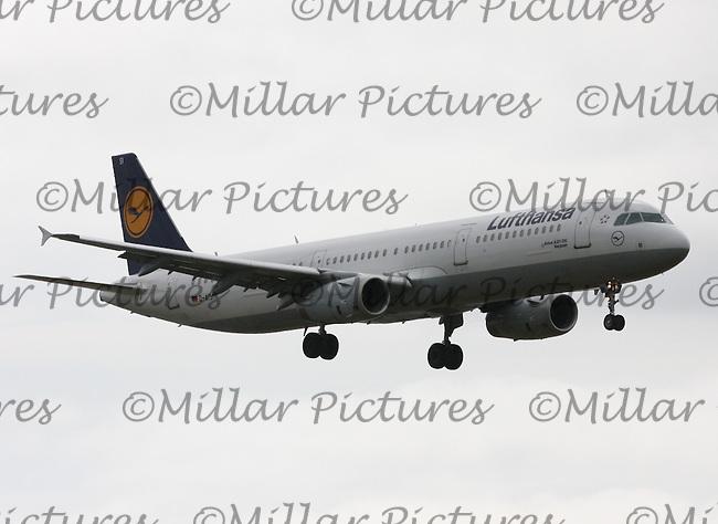 A Lufthansa Airbus A321-231 Registration D-AISI named Bergheim landing at London Heathrow Airport on 29.5.11.