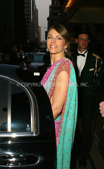 WWW.ACEPIXS.COM . . . . .  ....NEW YORK, APRIL 20, 2005....Elizabeth Hurley heads out for an evening on the town.....Please byline: PAUL CUNNINGHAM - ACE PICTURES..  ***  ..Ace Pictures, Inc:  ..Craig Ashby (212) 243-8787..e-mail: picturedesk@acepixs.com..web: http://www.acepixs.com