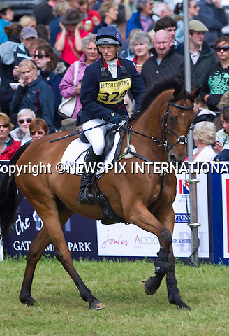 "ZARA RIDES HIGH KINGDOM.in the show jumping competition at the Gatcome Horse Trials, Gatcombe Estate, Minchinhampton, Gloucestershire_07/08/2011.It was an emotional day for Zara, who fought back tears during her farewell to her favourite horse ""Ginger"" Toytown.Mandatory Credit Photo: ©Dias/NEWSPIX INTERNATIONAL..**ALL FEES PAYABLE TO: ""NEWSPIX INTERNATIONAL""**..IMMEDIATE CONFIRMATION OF USAGE REQUIRED:.Newspix International, 31 Chinnery Hill, Bishop's Stortford, ENGLAND CM23 3PS.Tel:+441279 324672  ; Fax: +441279656877.Mobile:  07775681153.e-mail: info@newspixinternational.co.uk"
