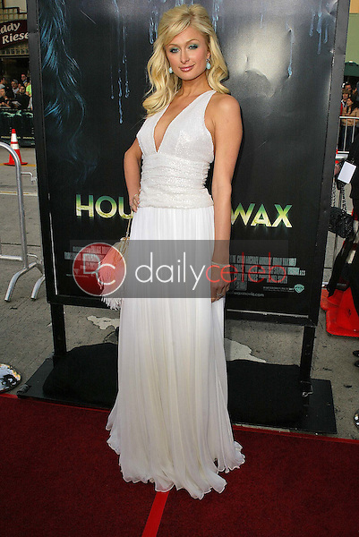 """Paris Hilton<br /> at the premiere of Warner Bros. """"House of Wax"""" at Mann Village Theater, Westwood, CA 04-26-05<br /> <br /> David Edwards/DailyCeleb.com 818-249-4998"""