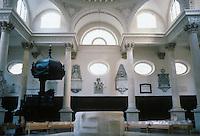 Sir Christopher Wren: St. Stephen Walbrook, London. Interior detail. Photo '90.
