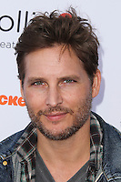 "BURBANK, CA, USA - APRIL 26: Peter Facinelli at the Lollipop Theater Network's Night Under The Stars Screening Of Twentieth Century Fox's ""Rio 2"" Hosted by Anne Hathaway held at Nickelodeon Animation Studios on April 26, 2014 in Burbank, California, United States. (Photo by Xavier Collin/Celebrity Monitor)"
