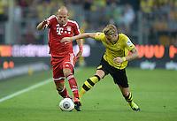 FUSSBALL   1. BUNDESLIGA   SAISON 2013/2014   SUPERCUP Borussia Dortmund - FC Bayern Muenchen           27.07.2013 Arjen Robben (li, FC Bayern Muenchen) gegen Marco Reus (re, Borussia Dortmund)