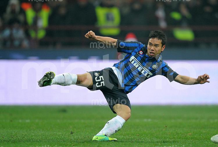 FUSSBALL INTERNATIONAL   SERIE A   SAISON  2011/2012   18.Spieltag AC Mailand - Inter Mailand                     15.01.2011 Yuto Nagatomo (Inter Mailand)