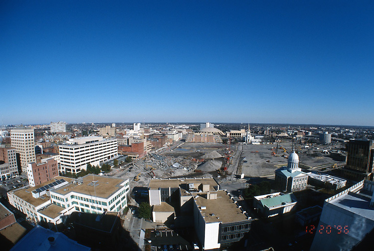 1996 DECEMBER 20..Redevelopment..Macarthur Center.Downtown North (R-8)..LOOKING NORTH.SUPERWIDE...NEG#.NRHA#..