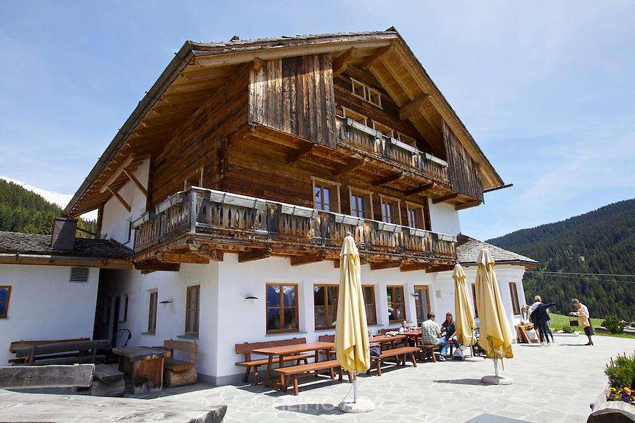 South Tyrol. Toblach/Kandellen (Dobbiaco/Gandelle). Seiterhof restaurant and hotel.