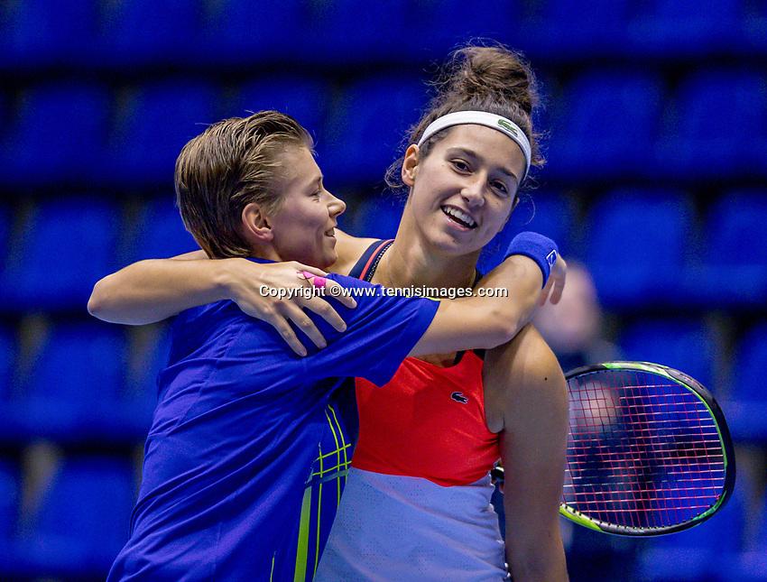 Rotterdam, Netherlands, December 16, 2017, Topsportcentrum, Ned. Loterij NK Tennis, Winners Womans double final: Rosalie van der Hoek (NED) and Demi Schuurs (NED) (L)<br /> Photo: Tennisimages/Henk Koster