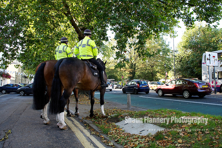 Pix: Shaun Flannery/shaunflanneryphotography.com..COPYRIGHT PICTURE>>SHAUN FLANNERY>01302-570814>>07778315553>>..8th September 2011..............Police Horse - South Yorkshire Police 'mounted' officers on duty during the 2011 St Leger Festival in Doncaster.