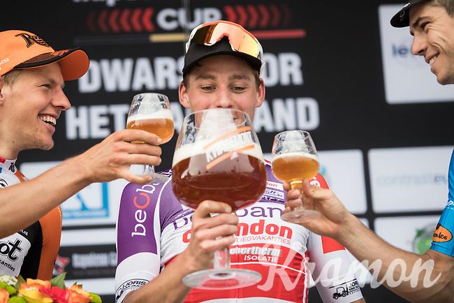 1/ Mathieu van der Poel (NED/Beobank-Corendon)<br /> 2/ Taco van der Hoorn (NED/Roompot-Nederlandse Loterij)<br /> 3/ Wout Van Aert (BEL/V&eacute;randas Willems-Crelan)<br /> <br /> Dwars door het Hageland (1.1)<br /> 1 Day Race: Aarschot &gt; Diest (194km)