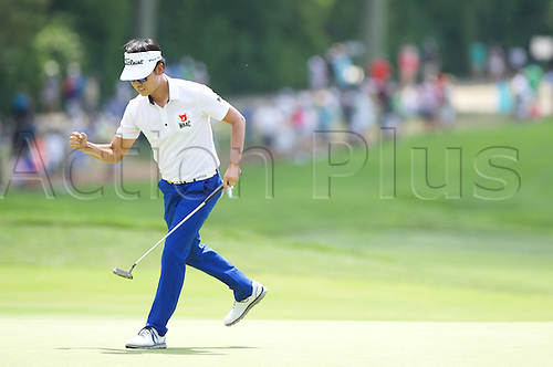 19.06.2016. Pittsburgh, PA,USA.    Kevin Na pumps his fist after a putt on the second green during the final round of golf at the US Open at Oakmont Country Club in Pittsburgh, PA.