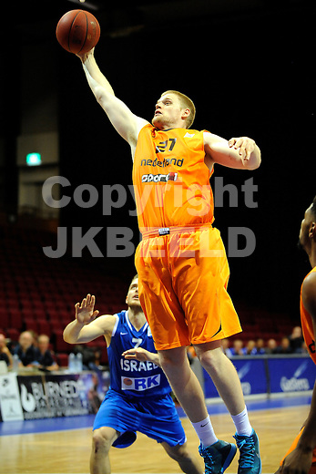 GRONINGEN  Basketbal, Nederland - Israel, Martiniplaza, EK kwalificatie ,  seizoen 2014-2015, 13-08-2014,  Roeland Schaftenaar
