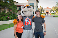 Occidental College students, their families and alumni enjoy Tiger Tailgate & Oswald's Carnival during Family Weekend & Homecoming, Oct. 17, 2015 in the Academic Quad.<br />