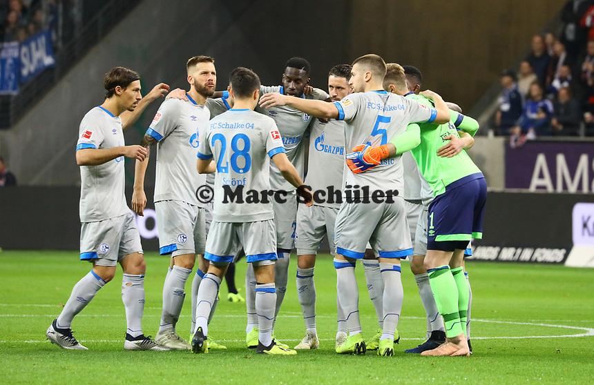 FC Schalke 04 schwoert sich ein - 11.11.2018: Eintracht Frankfurt vs. FC Schalke 04, Commerzbank Arena, DISCLAIMER: DFL regulations prohibit any use of photographs as image sequences and/or quasi-video.