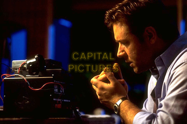 RUSSELL CROWE.in Proof Of Life.Filmstill - Editorial Use Only.Ref: FB.sales@capitalpictures.com.www.capitalpictures.com.Supplied by Capital Pictures.