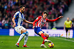Santiago Arias of Atletico de Madrid (R) fights for the ball with Borja Iglesias Quintas of RCD Espanyol during the La Liga 2018-19 match between Atletico de Madrid and RCD Espanyol at Wanda Metropolitano on December 22 2018 in Madrid, Spain. Photo by Diego Souto / Power Sport Images