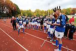 2015-10-25 / Voetbal / Seizoen 2015-2016 / FC Turnhout - KV Vosselaar / FC Turnhout viert de 3-1 overwinning tegen de buren uit Vosselaar. Links Nurullah Kocak die het eerste Turnhoutse doelpunt scoorde.<br /><br />Foto: Mpics.be