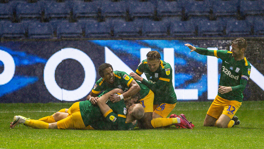 Teammates of Preston North End's Jayden Stockley pile on him after he scored his side's second<br /> <br /> Photographer Alex Dodd/CameraSport<br /> <br /> The EFL Sky Bet Championship - Sheffield Wednesday v Preston North End - Wednesday 8th July 2020 - Hillsborough - Sheffield<br /> <br /> World Copyright © 2020 CameraSport. All rights reserved. 43 Linden Ave. Countesthorpe. Leicester. England. LE8 5PG - Tel: +44 (0) 116 277 4147 - admin@camerasport.com - www.camerasport.com