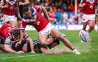 Picture by Alex Whitehead/SWpix.com - 12/03/2017 - Rugby League - Betfred Super League - Wakefield Trinity v Salford Red Devils - Beaumont Legal Stadium, Wakefield, England - Salford's Ben Murdoch-Masila drops the ball over the line as he's tackled by Wakefield's Matty Ashurst and Reece Lyne.