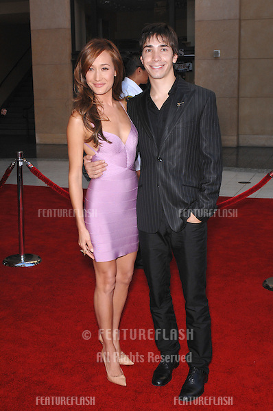 Maggie Q (aka Maggie Quigley) & Justin Long at the 2007 ESPYS Sports Awards at the Kodak Theatre, Hollywood..July 12, 2007  Los Angeles, CA.Picture: Paul Smith / Featureflash