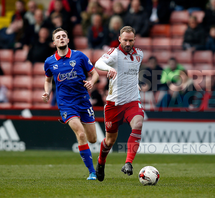 Matt Done of Sheffield Utd in action during the Sky Bet League One match at The Bramall Lane Stadium.  Photo credit should read: Simon Bellis/Sportimage