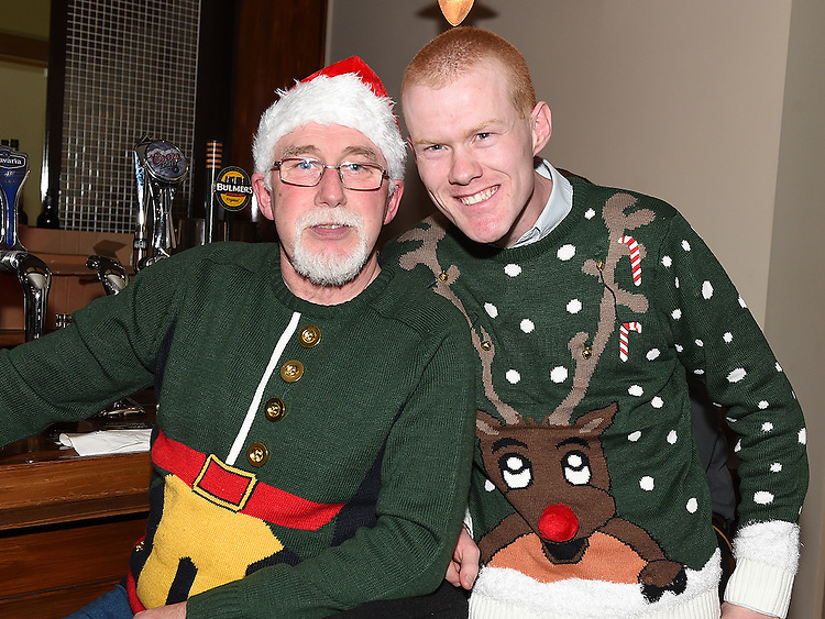 Martin O'Connor and Anthony Dunne at St John's Ambulance Christmas party in the Thatch. Photo:Colin Bell/pressphotos.ie