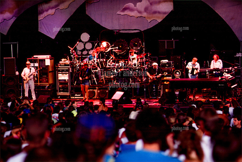 The Grateful Dead at Pine Knob Music Theatre, Clarkston, MI on 19 June 1991