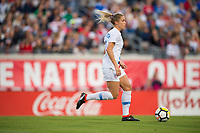 Jacksonville, FL - Thursday, April 05, 2018:  Abby Dahlkemper during a friendly match between USA and Mexico at EverBank Stadium.  USA defeated Mexico 4-1.