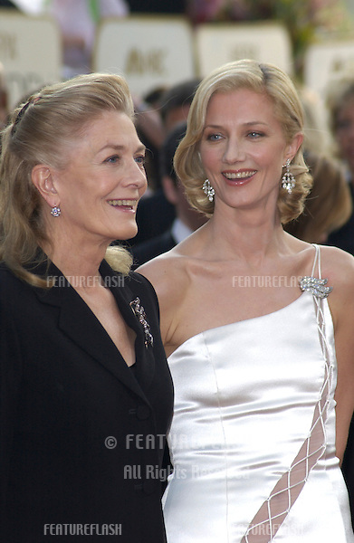 VANESSA REDGRAVE & daughter JOELY RICHARDSON at the Golden Globe Awards at the Beverly Hills Hilton Hotel..19JAN2003...© Paul Smith / Featureflash
