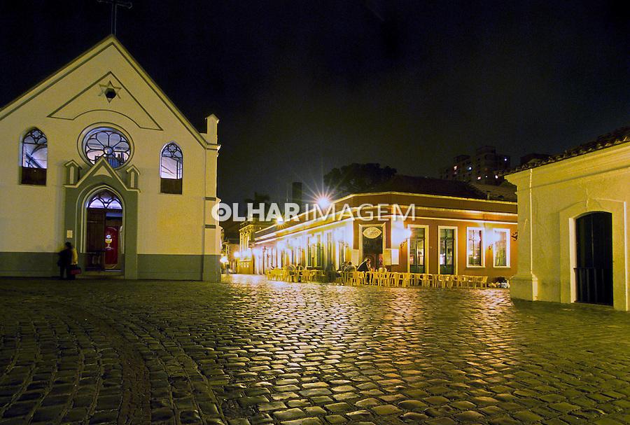Igreja no Largo da Ordem em Curitiba, Paraná.  2001. Foto de Juca Martins.