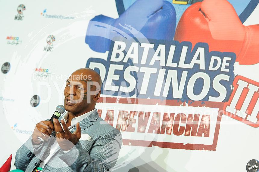 Mexico,DF.- El ex Campeón Mundial de Boxeo Mike Tyson, Ofreció una conferencia de prensa para promover el turismo en los balnearios de distintos Estados de la entidad, con el programa 'Batalla de Destinos III, la Revancha' campaña de promoción turística, con la que los mexicanos decidirán en el sitio web cuáles son sus destinos favoritos para vacacionar, por otra parte Tyson fué nombrado embajador de la Batalla de Destinos III.<br /> Foto: Carlos Tischler/ Zenitimages/  DyD Fotografos