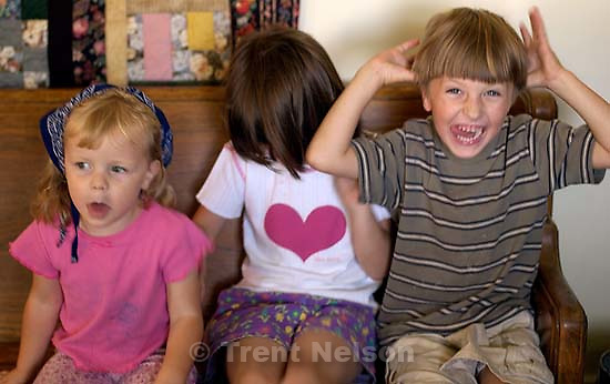 Jamie Hutchison, Anna Hutchison, Noah Nelson. 09/28/2001, 1:38:44 PM<br />