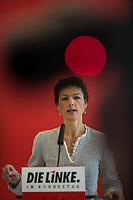 Sarah Wagenknecht, Fraktionsvorsitzende der Linkspartei im Deutschen Bundestag beim Pressestatement vor der Fraktionssitzung ihrer Partei am Dienstag den 27. Februar 2018.<br /> 27.2.2018, Berlin<br /> Copyright: Christian-Ditsch.de<br /> [Inhaltsveraendernde Manipulation des Fotos nur nach ausdruecklicher Genehmigung des Fotografen. Vereinbarungen ueber Abtretung von Persoenlichkeitsrechten/Model Release der abgebildeten Person/Personen liegen nicht vor. NO MODEL RELEASE! Nur fuer Redaktionelle Zwecke. Don't publish without copyright Christian-Ditsch.de, Veroeffentlichung nur mit Fotografennennung, sowie gegen Honorar, MwSt. und Beleg. Konto: I N G - D i B a, IBAN DE58500105175400192269, BIC INGDDEFFXXX, Kontakt: post@christian-ditsch.de<br /> Bei der Bearbeitung der Dateiinformationen darf die Urheberkennzeichnung in den EXIF- und  IPTC-Daten nicht entfernt werden, diese sind in digitalen Medien nach §95c UrhG rechtlich geschuetzt. Der Urhebervermerk wird gemaess §13 UrhG verlangt.]