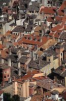 Europe/France/Rhône-Alpes/69/Rhône/Lyon: Les toits du vieux Lyon depuis Notre-Dame-de-Fourvière