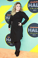NEW YORK, NY - NOVEMBER 4: Kelly Clarkson at the 2017 Nickelodeon Halo Awards at Pier 36 in New York City on November 4, 2017. Credit: RW/MediaPunch /NortePhoto.com