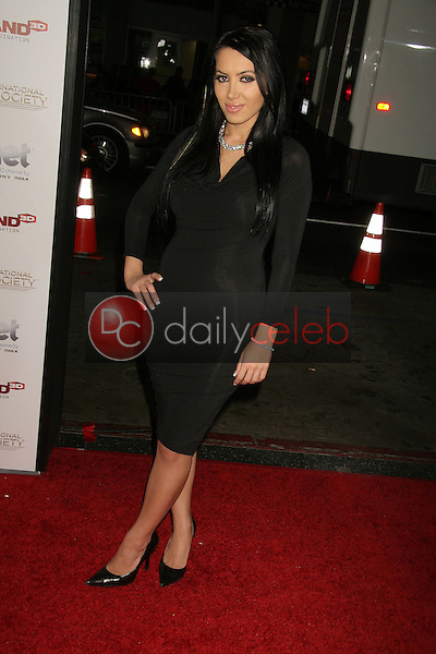 Milana Aslani<br />