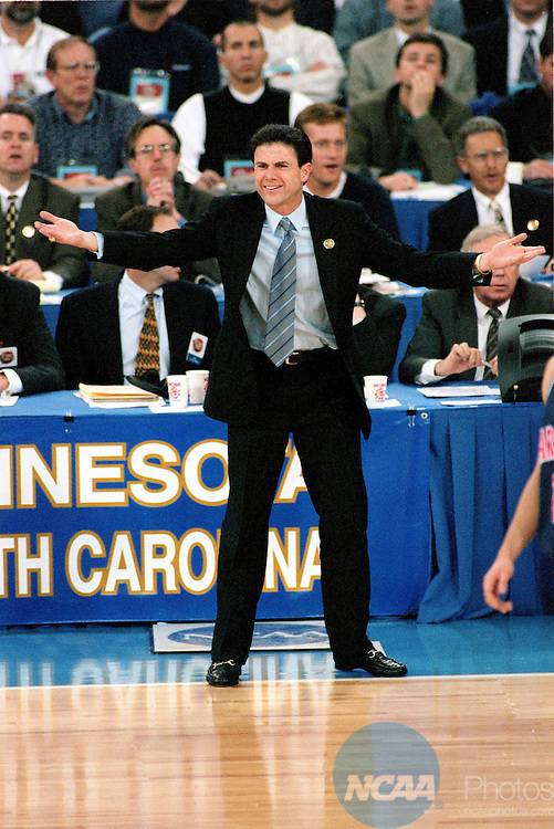 [M1K97CH.jpg]Caption: 31 MAR 1997: University of Kentucky coach Rick Patino gestures to his team during the 1997 NCAA championship game, held at the RCA Dome in Indianapolis, as the Wildcats defended their 1996 title against the University of Arizona. Arizona defeated Kentucky 84-79 in overtime to win the title. Brian Gadbery/NCAA PhotosPhotographer: Brian GadberyCity: IndianapolisState: INCountry: USADate: 19970331ObjectName: M1K97CH.jpgCaptionWriter: bg
