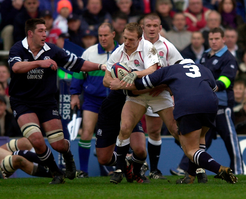 Photo. Richard Lane.England v Scotland. RBS Six Nations Chamionship. 22/03/2003.Matt Dawson attacks.