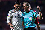 Referee David Fernandez Borbalan (r) talks with Carlos Henrique Casemiro of Real Madrid during the La Liga 2017-18 match between Atletico de Madrid and Real Madrid at Wanda Metropolitano  on November 18 2017 in Madrid, Spain. Photo by Diego Gonzalez / Power Sport Images