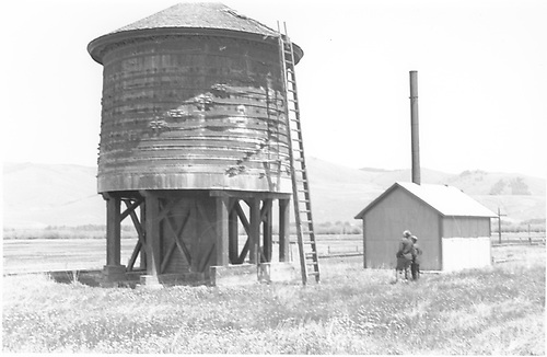 View of D&amp;RGW Crookton water tank.<br /> D&amp;RGW  Crookton, CO  Taken by Rogers, Donald E. A. - 6/2/1939