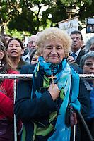 BUENOS AIRES, ARGENTINA, 01 DE JUNHO 2013 - CORPUS CHRISTI BUENOS AIRES - A congregação católica celebra a Festa de Corpus Christi com uma procissão e uma missa em frente à Catedral de Buenos Aires. A cerimónia foi presidida por Buenos Aires Arcebispo Mario Poli, que participou de marcha procissão com a Juventude Católica. FOTO: PATRICIO MURPHY - BRAZIL PHOTO PRESS