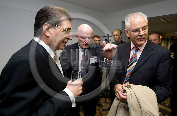 BRUSSELS - BELGIUM - 11 OCTOBER 2007 -- UN-Vollversammlungs-Praesident Srgjan KERIM, Head of the WAZ Brussels Office Knut PRIES and WAZ-Personalchef Joachim KOPATZKI. Photo: Erik Luntang/EUP-IMAGES .