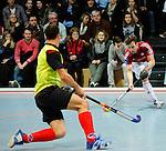 MANNHEIM, DEUTSCHLAND, FEBRUAR 01: Viertelfinale in der 1. Hockey Bundesliga der Herren, Hallensaison 2013/2014. Begegnung zwischen dem Mannheimer HC (blau) und RW Köln (rot) am 01. Februar, 2013 in der Irma-Röchling-Halle in Mannheim, Deutschland. Endstand 4-6. (4-1) (Photo by Dirk Markgraf / www.265-images.com) *** Local caption *** #19 Christopher Zeller von RW Köln, #5 Tomas Prochazka vom Mannheimer HC