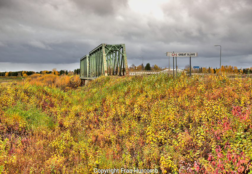 Hay River, fall colours