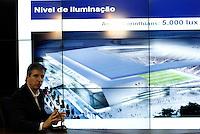 SÃO PAULO,SP,02 AGOSTO 2012 -ILUMINAÇÃO ESTADIO CORINTHIANS<br />  Sérgio Costa (E) , responsável pela área de Projetos  e Soluções OSRAM no Brasil, e Aníbal Coutinho, arquiteto da Arena Corinthians concederão entrevista coletiva no CT Dr. Joaquim Grava para apresentar detalhes a respeito da iluminação do futuro estádio do Corinthians. FOTO ALE VIANNA - BRAZIL FOTO PRESS