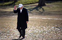 United States President Donald J. Trump returns to the White House following a weekend trip with Republican leadership and members of his cabinet at Camp David, in Washington, D.C. on January 7, 2017. <br /> CAP/MPI/RS<br /> &copy;RS/MPI/Capital Pictures